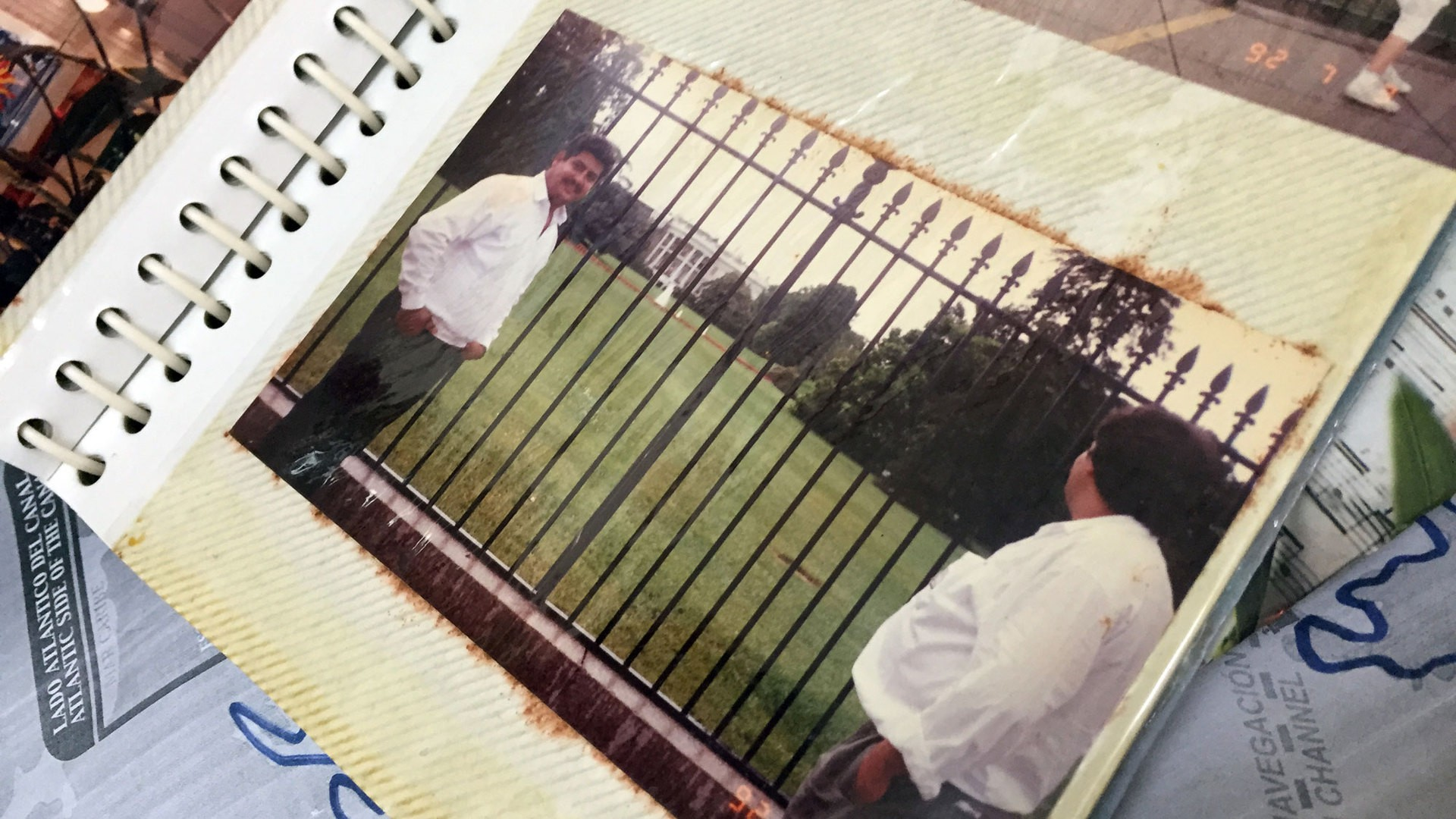 A photo album contains a picture of Ortega in front of the U.S. White House. (Photo by Miguel Otárola)