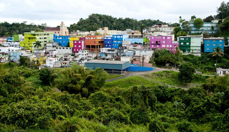 puerto rico essay paper Puerto rico has many mountains they cover 60% of the island the territory also consists of a large amount of rain forests, deserts, beaches are in puerto rico for example the rio camuy within it are fine examples of stalactites, stalagmites, and plenty of bats due to the fact that puerto rico.