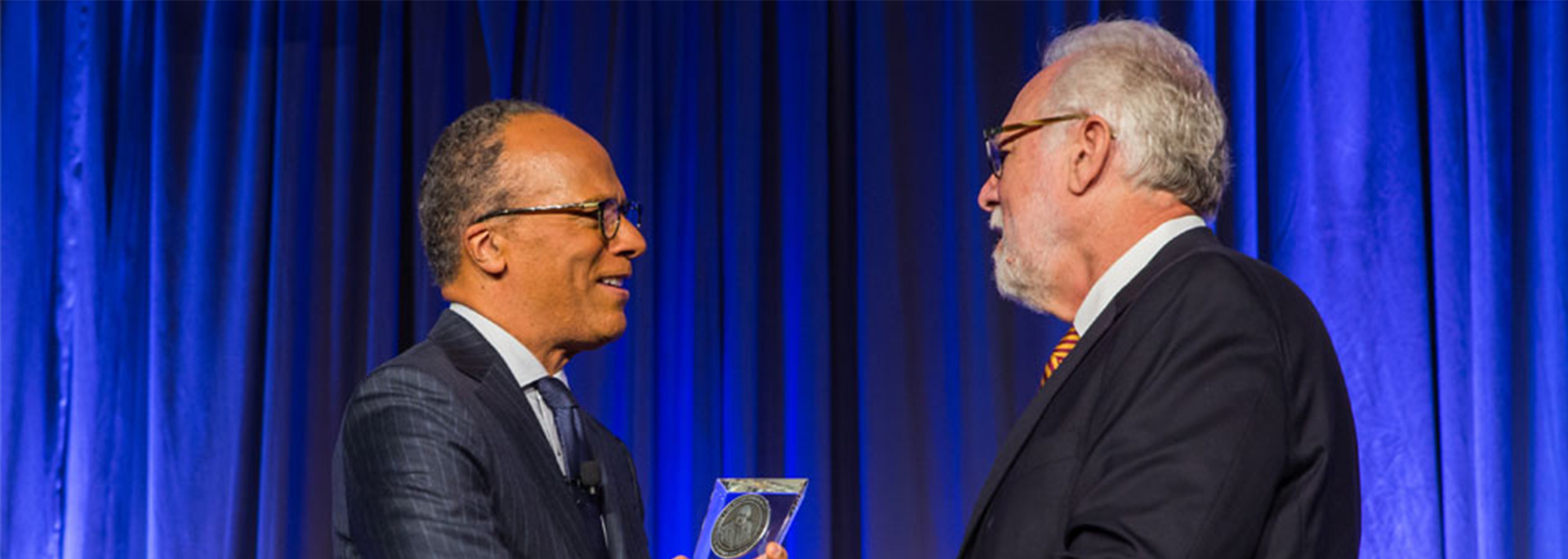 Lester Holt is presented with his Cronkite Award.